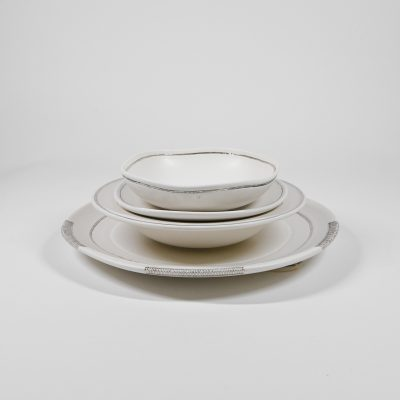 4 Piece Round Place Setting