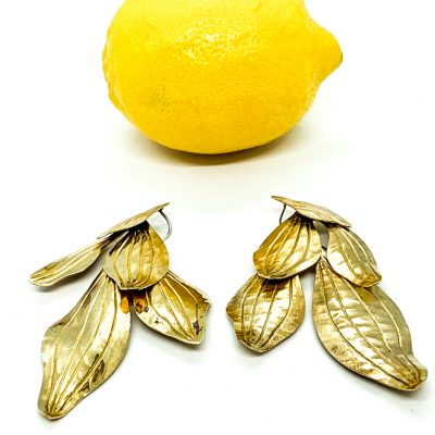Orquid Medium Tumbaga Earring